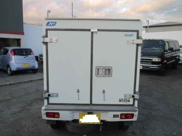 FRP中温冷凍車(6枚目)