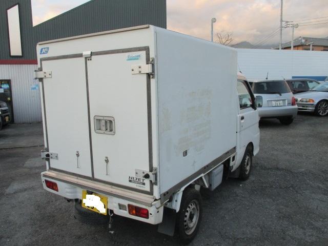 FRP中温冷凍車(7枚目)