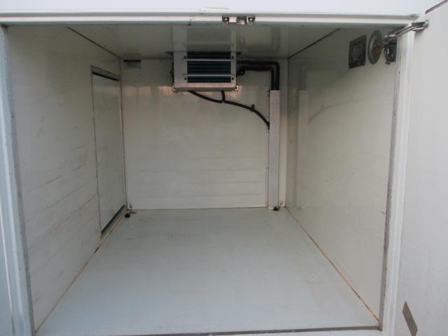 FRP中温冷凍車(15枚目)