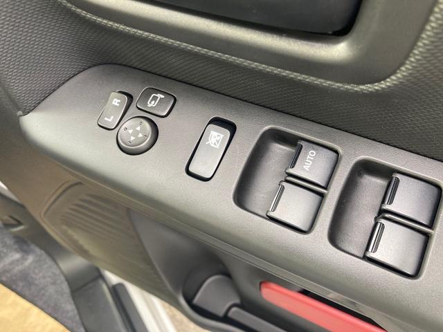 ハイブリッドX 届出済未使用車 両側電動スライドドア セーフティーサポート クリアランスソナー レーンアシスト オートライト アイドリングストップ 電動格納ミラー シートヒーター ベンチシート CVT  ESC(9枚目)