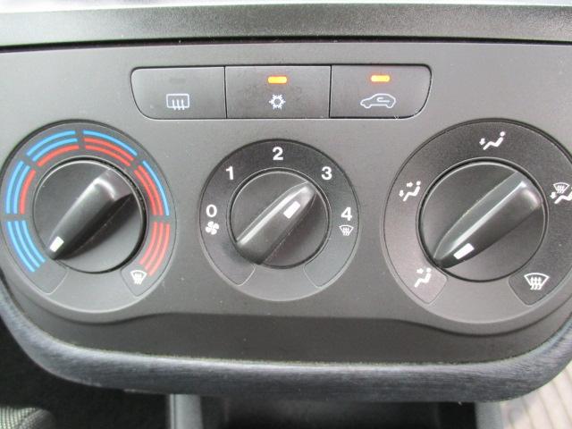 フィアット フィアット グランデプント 1.4 16V スポーツ 6速マニュアル