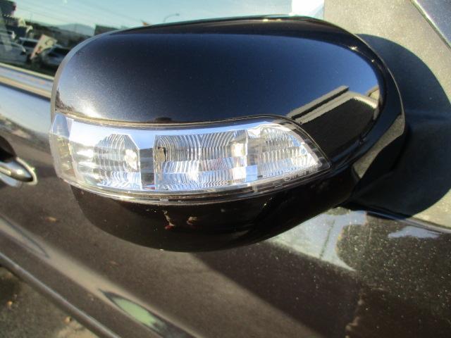 「フォード」「フォード エスケープ」「SUV・クロカン」「静岡県」の中古車19