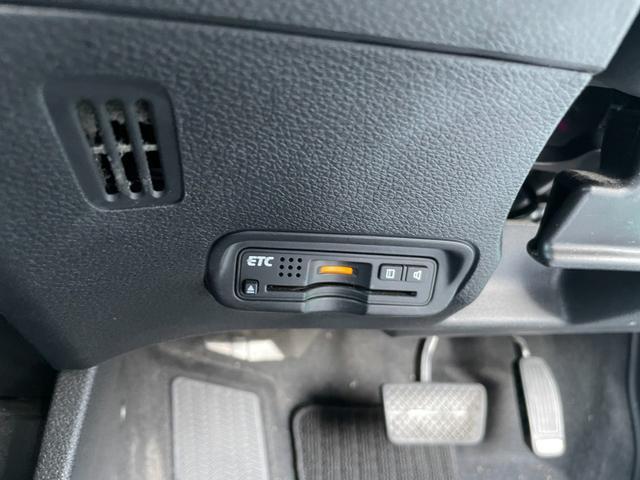 ハイブリッドX スマートキ- VSA クルーズコントロール アイドリングストップ キーレス 盗難防止装置 衝突回避軽減 LEDヘットライト サイドエアバッグ Bluetoothオーディオ オートライト(12枚目)