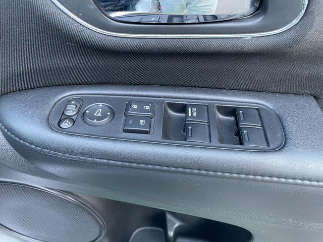 ハイブリッドX スマートキ- VSA クルーズコントロール アイドリングストップ キーレス 盗難防止装置 衝突回避軽減 LEDヘットライト サイドエアバッグ Bluetoothオーディオ オートライト(31枚目)