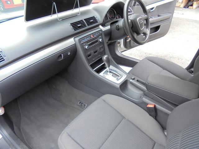 アウディ アウディ A4アバント 2.0 2007年モデル HID ETC パワーシート
