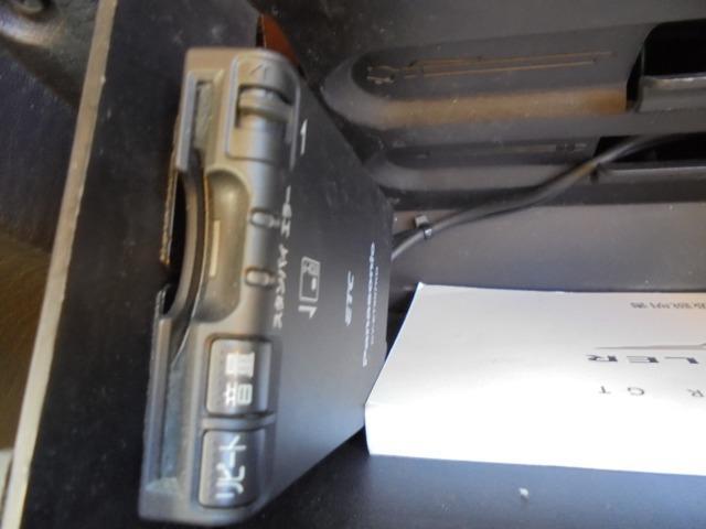 クライスラー クライスラー PTクルーザー GT 2.4Lターボエンジン サンルーフ ローダウン ETC