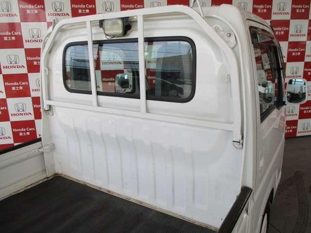 タウン エアコン パワーウインドウ キーレス CDコンポ 運転性助手席エアバッグ 荷台ランプ 当社下取りワンオーナー 禁煙車(6枚目)