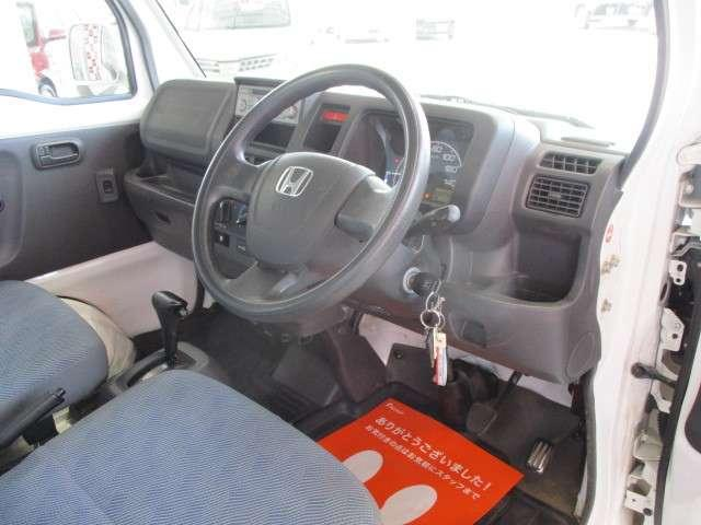 タウン エアコン パワーウインドウ キーレス CDコンポ 運転性助手席エアバッグ 荷台ランプ 当社下取りワンオーナー 禁煙車(11枚目)