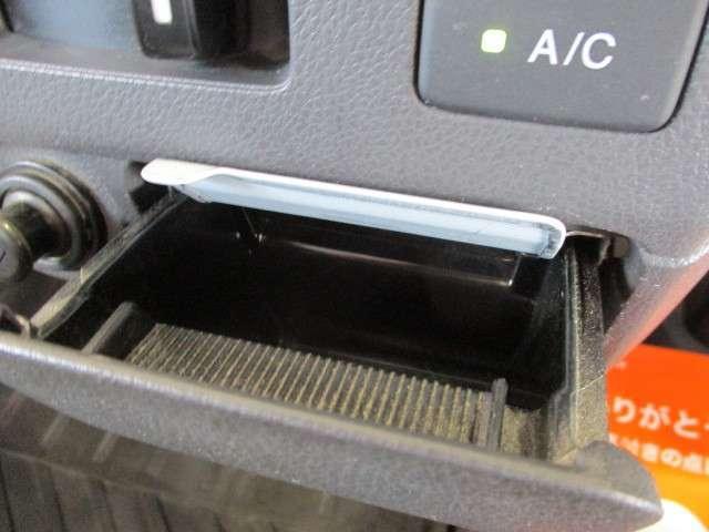 タウン エアコン パワーウインドウ キーレス CDコンポ 運転性助手席エアバッグ 荷台ランプ 当社下取りワンオーナー 禁煙車(16枚目)