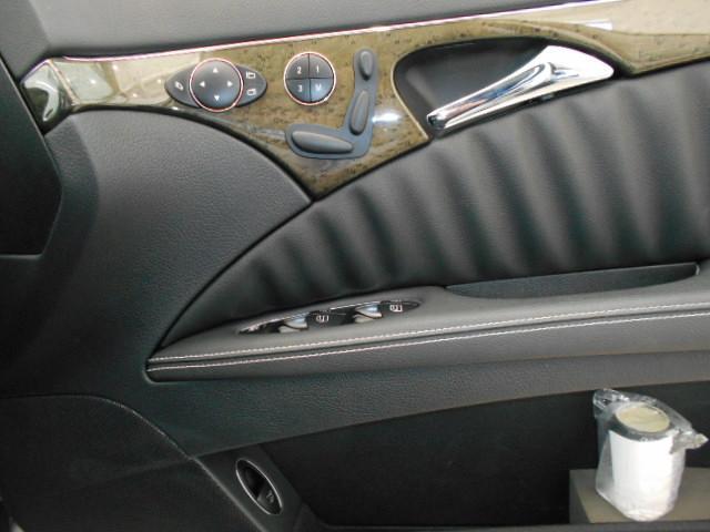 E300 アバンギャルドS 黒革 サンルーフ(18枚目)