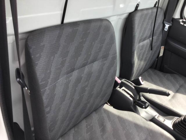 スズキ キャリイトラック 4WDエアコンパワステ走行3万キロ台車検2年込バッテリ新品