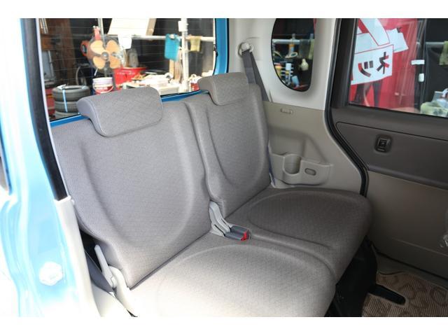 キレイなシートです!もちろんリアシートも特殊な機械で汚れを強力吸引!クリーニング済みです♪
