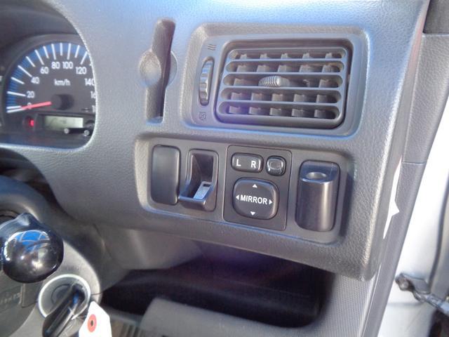 TX Gパッケージ フルタイム4WD(13枚目)