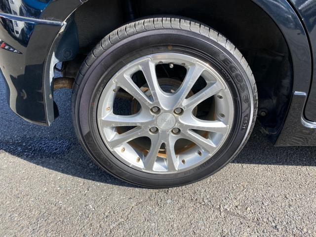 タイヤの溝があっても、タイヤ交換をお求めの方はお気軽にご相談ください。
