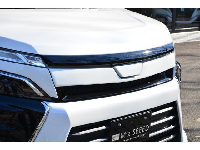こちらの車両は車高調バージョンとなりますので、標準設定サイズが19インチとなります。