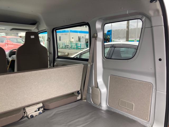 DX 5速マニュアル パワーステアリング エアコン Wエアバック 2WD 届出済未使用車 社外バイザー 社外マット 最大積載量350kg(23枚目)