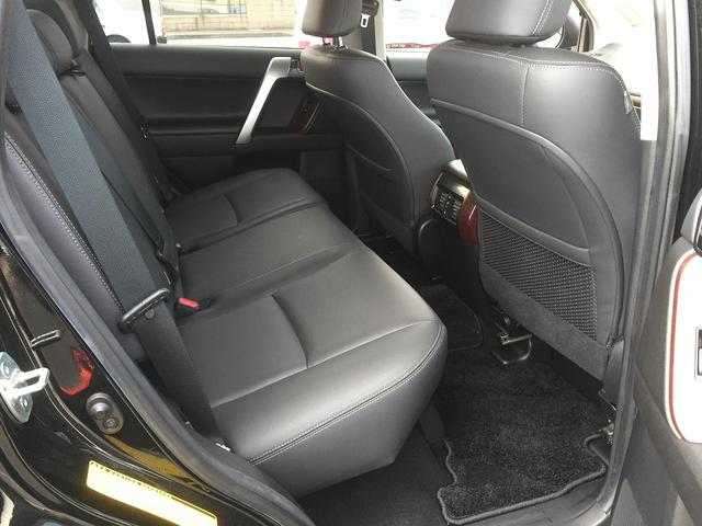 TX Lパッケージ ワンオーナー 禁煙車 スマートキー 黒革シート パワーシート シートヒーター ルーフレール フルセグナビTV バックカメラ クルーズコントロール LEDヘッドライト(19枚目)