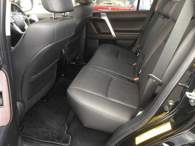TX Lパッケージ ワンオーナー 禁煙車 スマートキー 黒革シート パワーシート シートヒーター ルーフレール フルセグナビTV バックカメラ クルーズコントロール LEDヘッドライト(23枚目)
