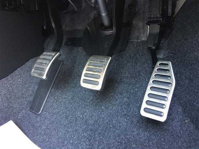ベースグレード 6速マニュアル 登録済未使用車 新型セーフティーサポート BSM付(13枚目)