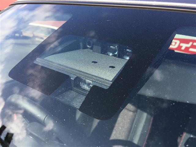 ベースグレード 6速マニュアル 登録済未使用車 新型セーフティーサポート BSM付(10枚目)