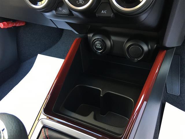 ベースグレード 6速マニュアル 登録済未使用車 新型セーフティーサポート BSM付(25枚目)