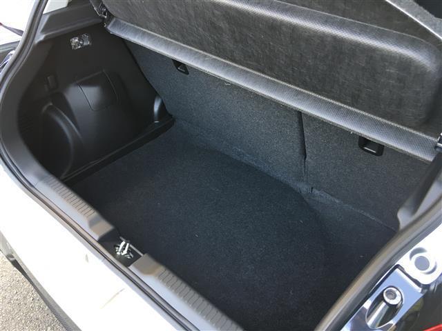 ベースグレード 6速マニュアル 登録済未使用車 新型セーフティーサポート BSM付(27枚目)