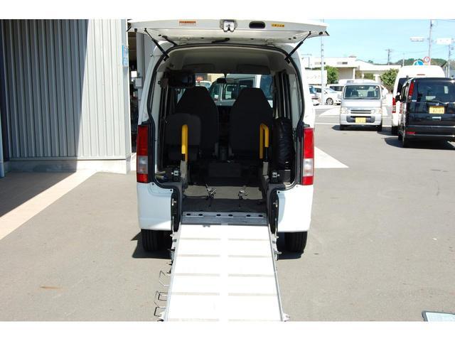 スローパー福祉車両 リクライニング車いす可 手すり交換済(8枚目)