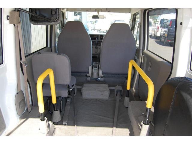 スローパー福祉車両 リクライニング車いす可 手すり交換済(17枚目)
