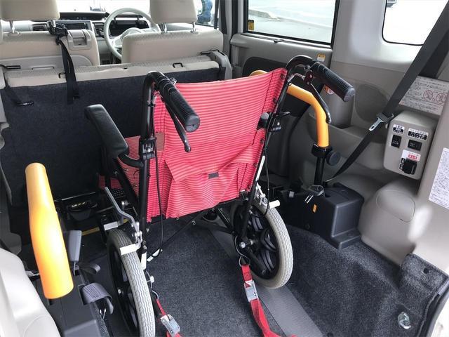 スローパーL福祉車両 リアシート付 スロープ 電動ウィンチ リモコン付 車いす1名+2名 通常4名乗車 全国1年保証(47枚目)