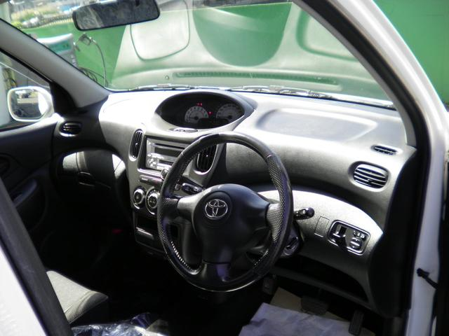 G 助手席回転スライドシート Bタイプ 手動車いす収納装置付(3枚目)