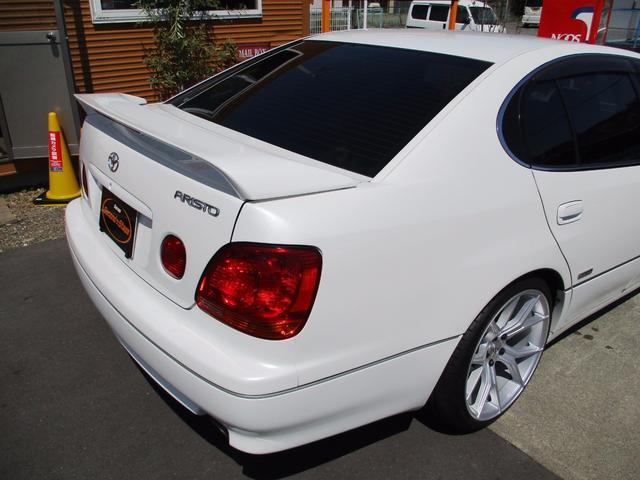 トヨタ アリスト S300ベルテックスエディション サンルーフ 19インチAW
