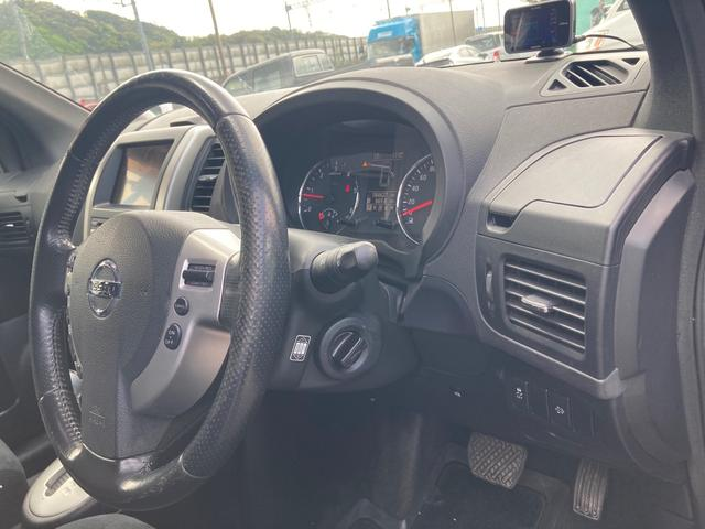 20GT 4WD クルコン オートエアコン キセノンライト バックカメラ 後席モニター ディーゼル(17枚目)