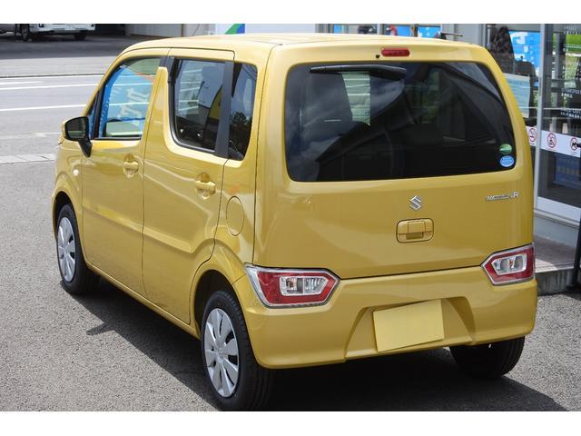 FA/4WD/届出済未使用車/シートヒーター/キーレス(3枚目)