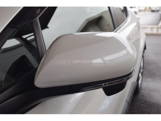 「トヨタ」「C-HR」「SUV・クロカン」「静岡県」の中古車62