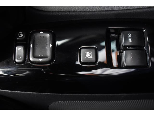 タイプS マツダスピードマフラー 6速マニュアル HID 225/45/18 18インチアルミホイール オートエアコン 圧縮測定済み ABS BOSE 禁煙車 ETC 電動格納ドアミラー ステアリングリモコン(29枚目)
