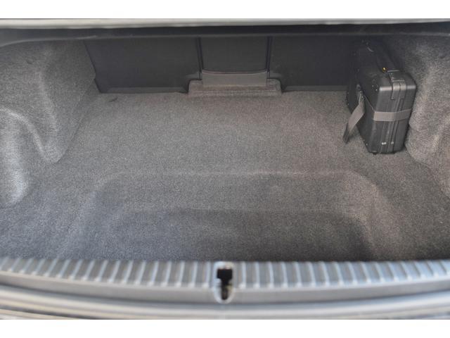 タイプS ワンオーナー 禁煙車 キーレス マニュアル6速 HIDヘッドライト フォグライト 圧縮測定済み 225/45/18 18インチアルミホイール オートエアコン BOSEサウンド ステアリングリモコン(13枚目)