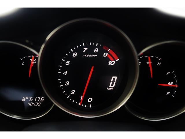 タイプS ワンオーナー 禁煙車 キーレス マニュアル6速 HIDヘッドライト フォグライト 圧縮測定済み 225/45/18 18インチアルミホイール オートエアコン BOSEサウンド ステアリングリモコン(16枚目)