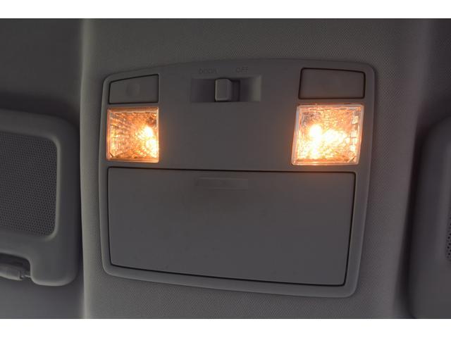 タイプS ワンオーナー 禁煙車 キーレス マニュアル6速 HIDヘッドライト フォグライト 圧縮測定済み 225/45/18 18インチアルミホイール オートエアコン BOSEサウンド ステアリングリモコン(44枚目)