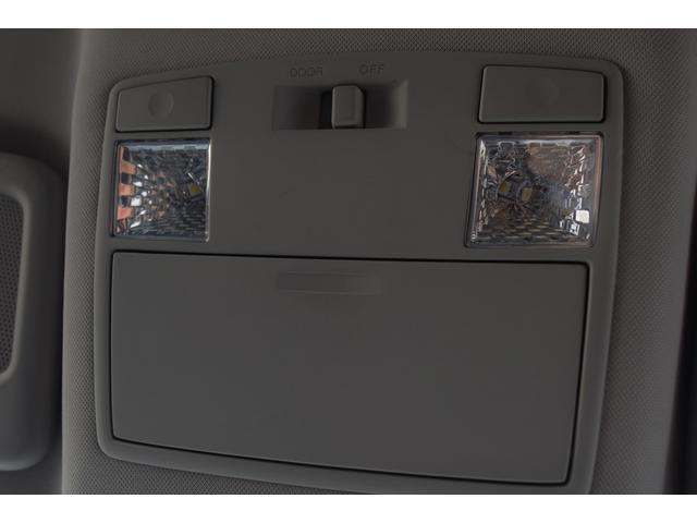 タイプE 前期最終モデル 6速オートマ クルーズコントロール HID ブラックレザーシート アドバンストキーレス カロッツェリアHDDナビ&ディスプレイオーディオ テレビ DVDビデオ再生可 圧縮測定済み(57枚目)