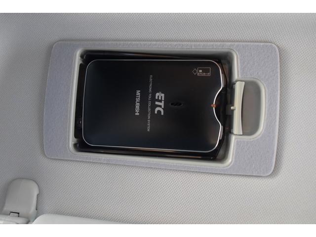 タイプE 前期最終モデル 6速オートマ クルーズコントロール HID ブラックレザーシート アドバンストキーレス カロッツェリアHDDナビ&ディスプレイオーディオ テレビ DVDビデオ再生可 圧縮測定済み(64枚目)