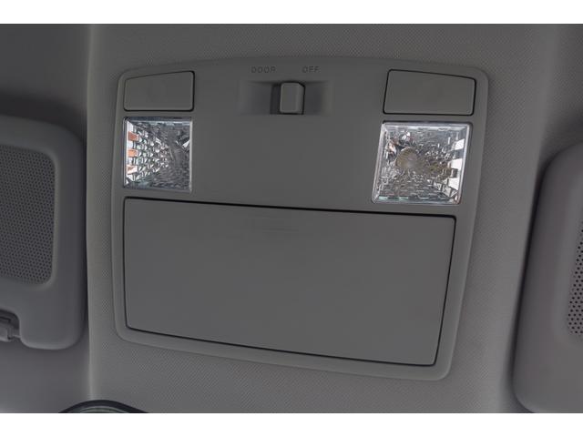 タイプRS パナソニックナビ 地上デジタルTV DVDビデオ Bluetooth ETC 19インチアルミホイール ハーフレザーレカロシート 禁煙車 圧縮測定済み ビルシュタインダンパー アドバンストキー HID(57枚目)