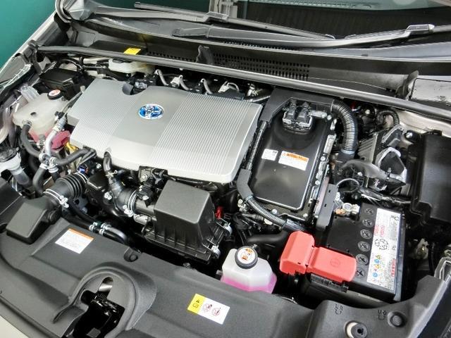 お財布に優しいハイブリット車です・エンジンオイル・オイルエレメント・ワイパーゴム・バッテリーは新品に交換します