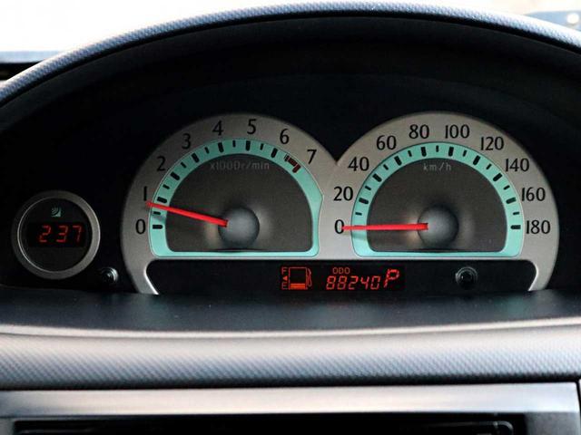 【メーター】現在の走行距離88,240kmでございます。