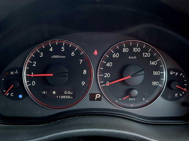 2.0GT ターボ 4WD Pシート HID 純正17AW(18枚目)