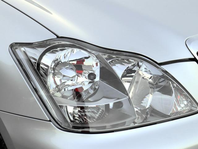 ロイヤルサルーン HDDナビ パワーシート バックカメラ スマートキー 禁煙車 1年保証付き プッシュスタート Bluetooth HIDヘッドライト ETC 純正アルミホイール オートエアコン オートライト(13枚目)