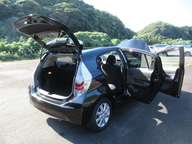 「トヨタ」「アクア」「コンパクトカー」「静岡県」の中古車26