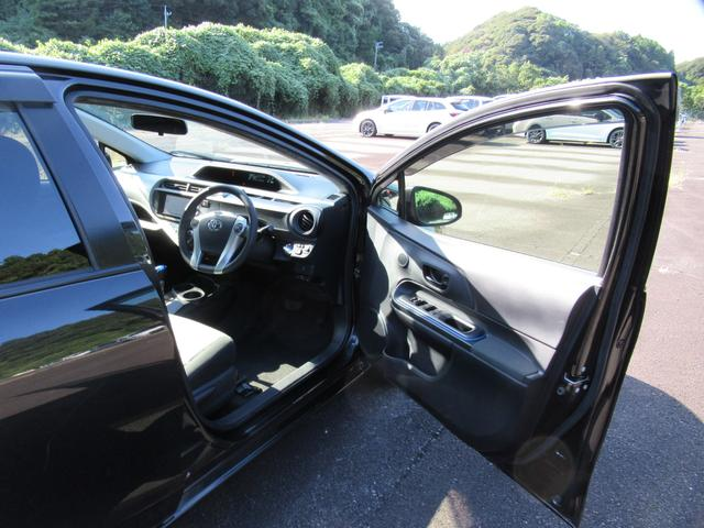 メーターやスウィッチはスッキリとしたデザインで、とても見やすく、安全運転のお役に立ちます☆