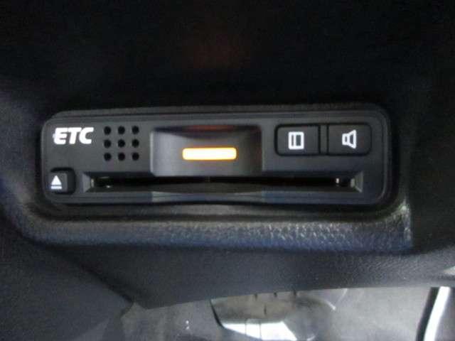 Lパッケージ 純正メモリーナビ ETC フルセグTV リアカメラ LEDヘッドライト 衝突軽減ブレーキ クルーズコントロール(18枚目)