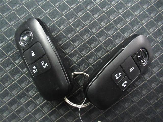 カスタムX ハーフレザー 安全装備 衝突被害軽減システム 横滑り防止機能 ABS エアバッグ 盗難防止装置 アイドリングストップ スマートキー キーレス フル装備 両側電動スライド LEDヘッドランプ フルエアロ(18枚目)