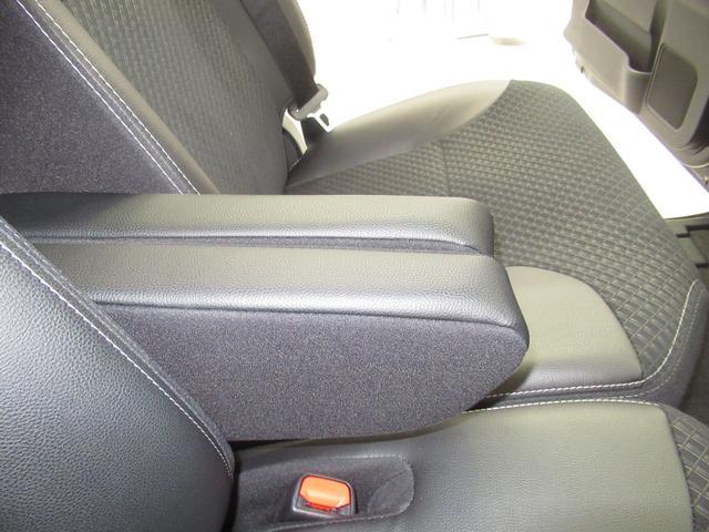 カスタムX ハーフレザー 安全装備 衝突被害軽減システム 横滑り防止機能 ABS エアバッグ 盗難防止装置 アイドリングストップ スマートキー キーレス フル装備 両側電動スライド LEDヘッドランプ フルエアロ(24枚目)